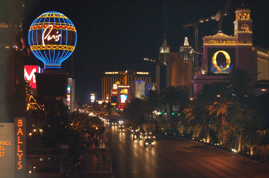 save money in Las Vegas